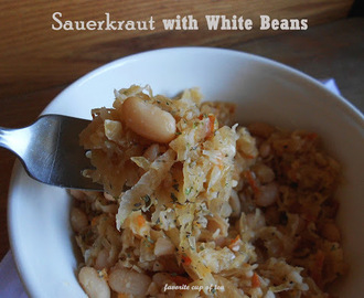 Holiday Season. Sauerkraut with White Beans (Wigilijna Kapusta z Grochem)