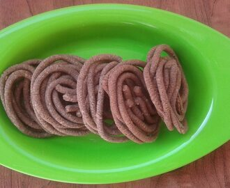 Ragi murukku, how to make ragi murukku, Finger millet murukku recipe