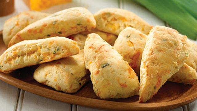 Savory Cheese and Leek Scones