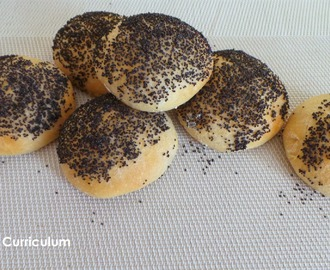 Mini buns maison pour burger au pavot (Mini burger buns with poppy seed)