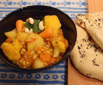 Cauliflower and potato curry – Aloo Gobi