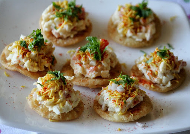 BM #1 - AAE - Day 24 - Anda Papdi Chaat | Egg Snack