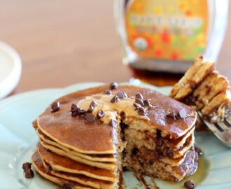 Banana, Peanut Butter & Chocolate Chip Protein Pancakes (& a giveaway!)