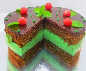 Tarta mousse de menta y chocolate