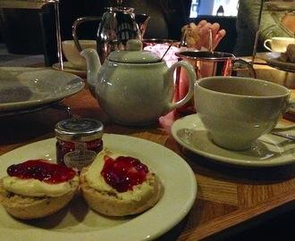 festive afternoon tea at the hyatt regency, birmingham.
