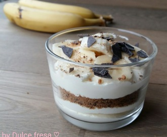 Bananen cheesecake in glaasjes