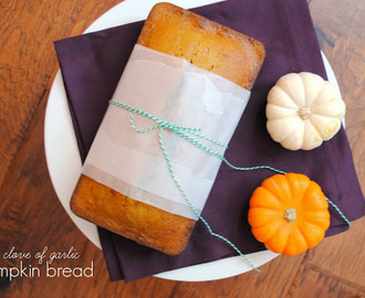 Stolen Recipes: Pumpkin Bread & Crock Pot Chicken