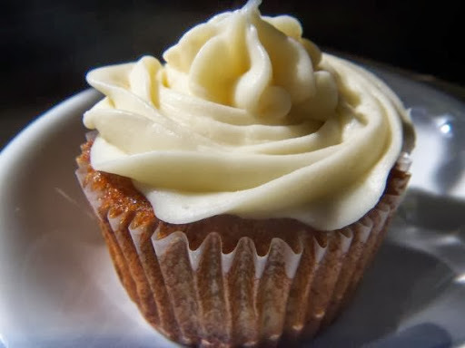 Banana Muffins with Cream Cheese Icing