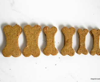 Carrot, Peanut Butter & Cheese Oaty Doggie Biscuits