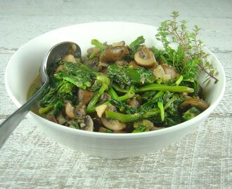Quick Sauteed Rapini and Mushrooms