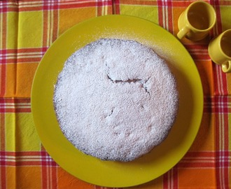 Torta al mascarpone con gocce di cioccolato - Mascarpone cheese and chocolate chip cake
