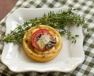 Tomato and Boursin Tartlets #PotluckforChristy