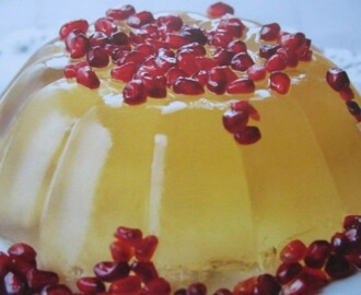 Pomegranate Jelly with Prosecco