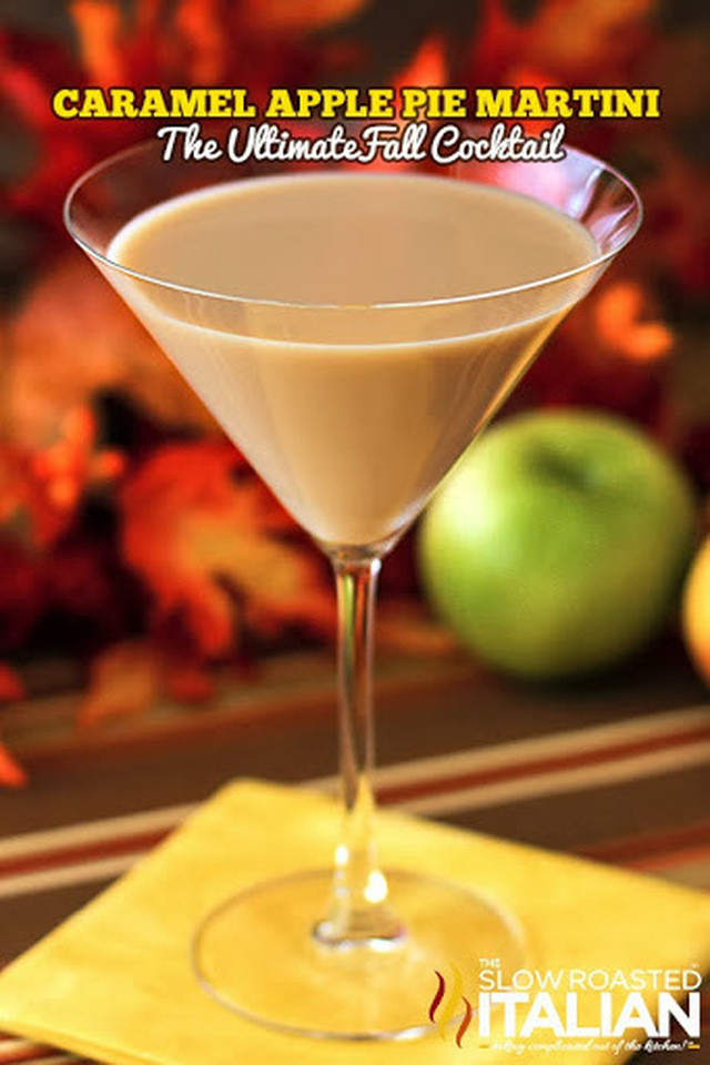 Caramel Apple Pie Martini - The Ultimate Fall Cocktail