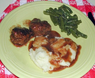 Family Favorites...Burgundy Meat Balls