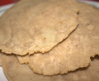Kuttu/rajgiri (Buck wheat/amaranth flour)