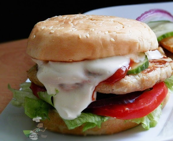 Chicken Burgers - Homemade Chicken Burger in a Pan