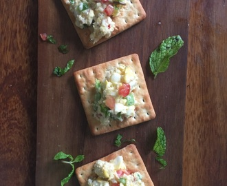 Creamy Corn Cheese Crackers - Jain style | Easy appetisers