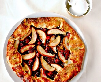 Pear, Mincemeat and Cranberry Galette