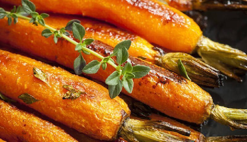 Roast Carrots with Garlic