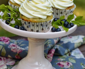 Blueberry Dream Cupcakes