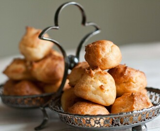 New Year's Nibbles: Rarebit Gougères