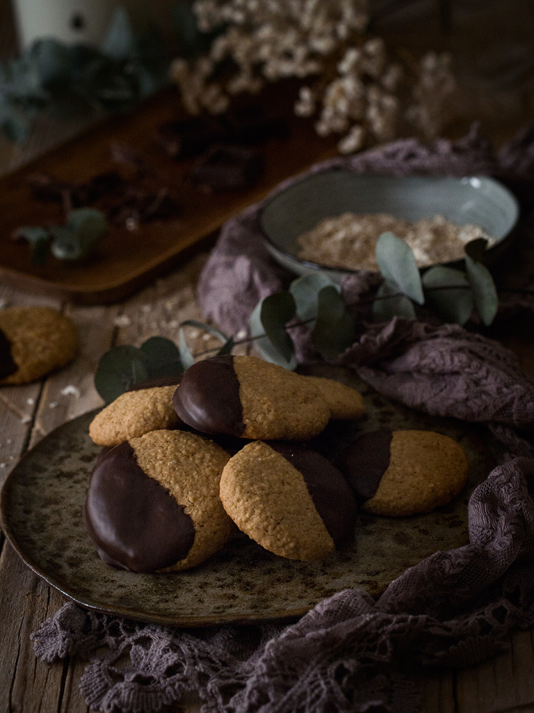 Galletas de avena con chocolate al limón