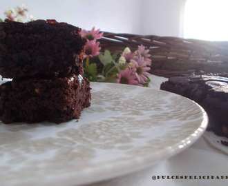 Brownie de chocolate vegano sin gluten