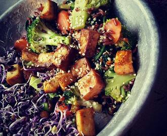 VEGAN VIBES: Greens that calm the mind & brown rice #healthy #tasty #happy