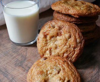 Toffee pecan chocolate chip cookies