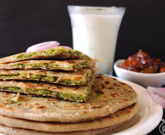Cheesy Green Peas Stuffed Paratha