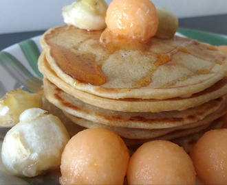 Eggless Wheat Pancakes