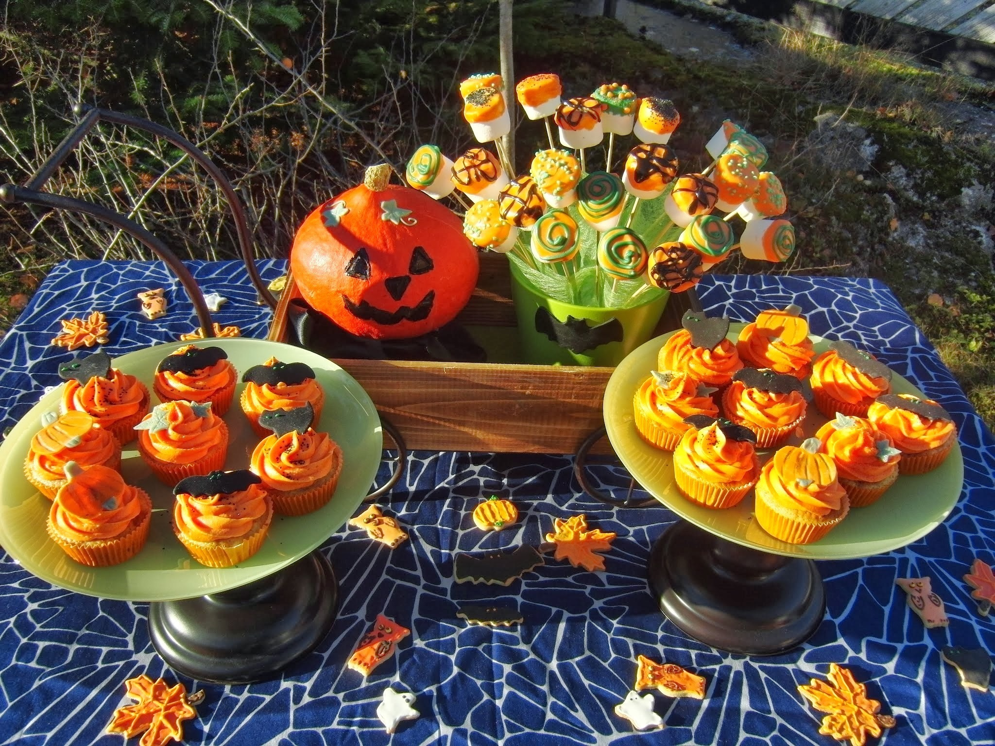 Apple-Caramel Cupcakes - Halloween, osa IV