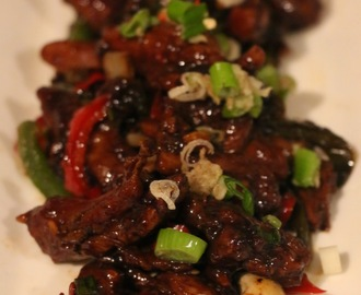 SWEET STICKY SOY GLAZED CHICKEN
