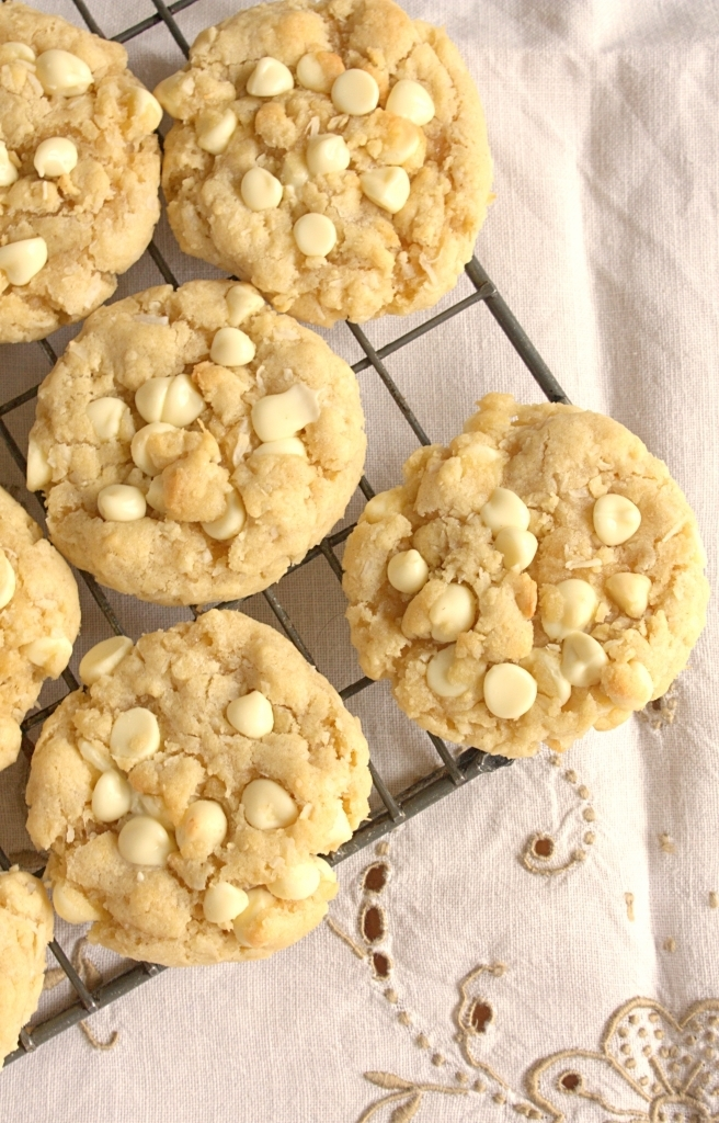 White Chocolate Chip Coconut Cookies