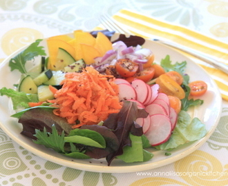 How to Stay on Track on a Cleanse + Eat a Rainbow Salad with Spicy Almond Dressing Recipe