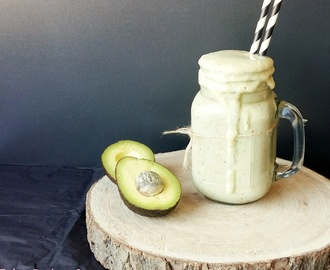Avocado dadel smoothie