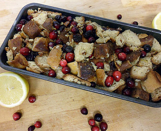 Cranberry & walnut bread pudding with dried cherries - Perfect for Thanksgiving