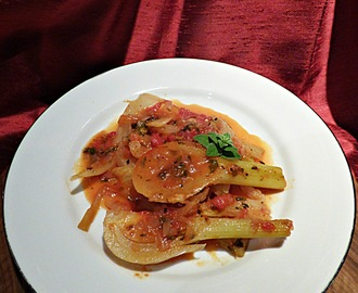 Fennel in tomato sauce