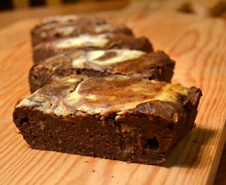 Cheesecake black bean brownie