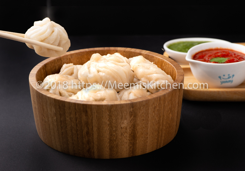 Chicken Momos/ Homemade Chicken Momos recipe - MeemisKitchen