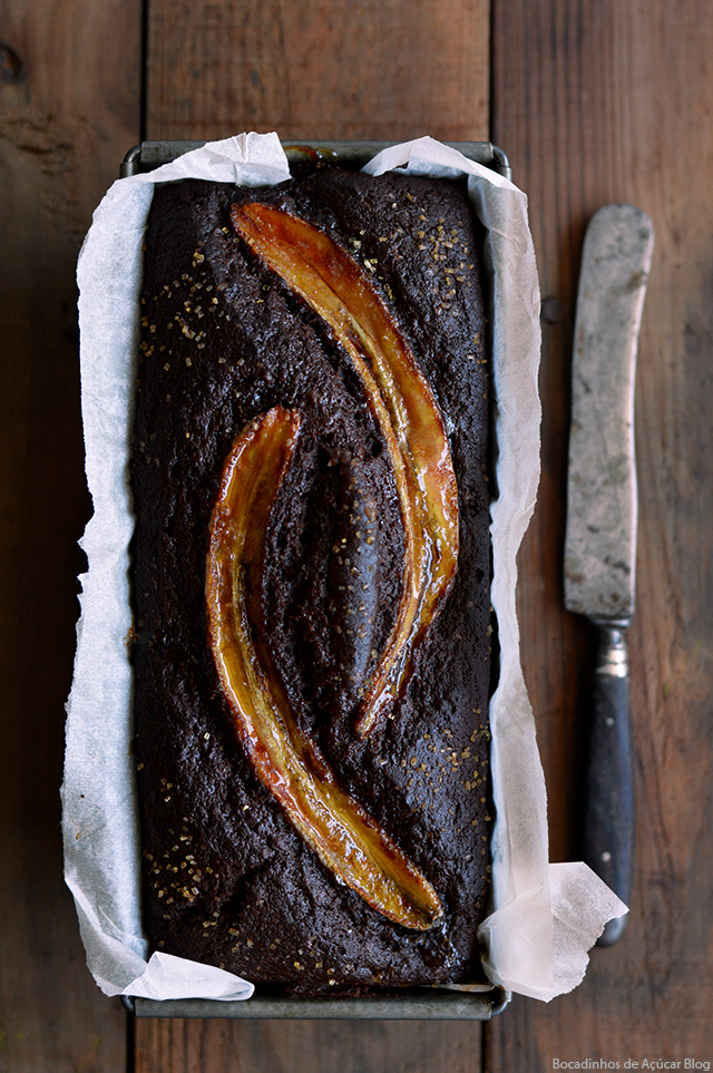 Bolo de Banana com Chocolate/ Banana and Chocolate Bread