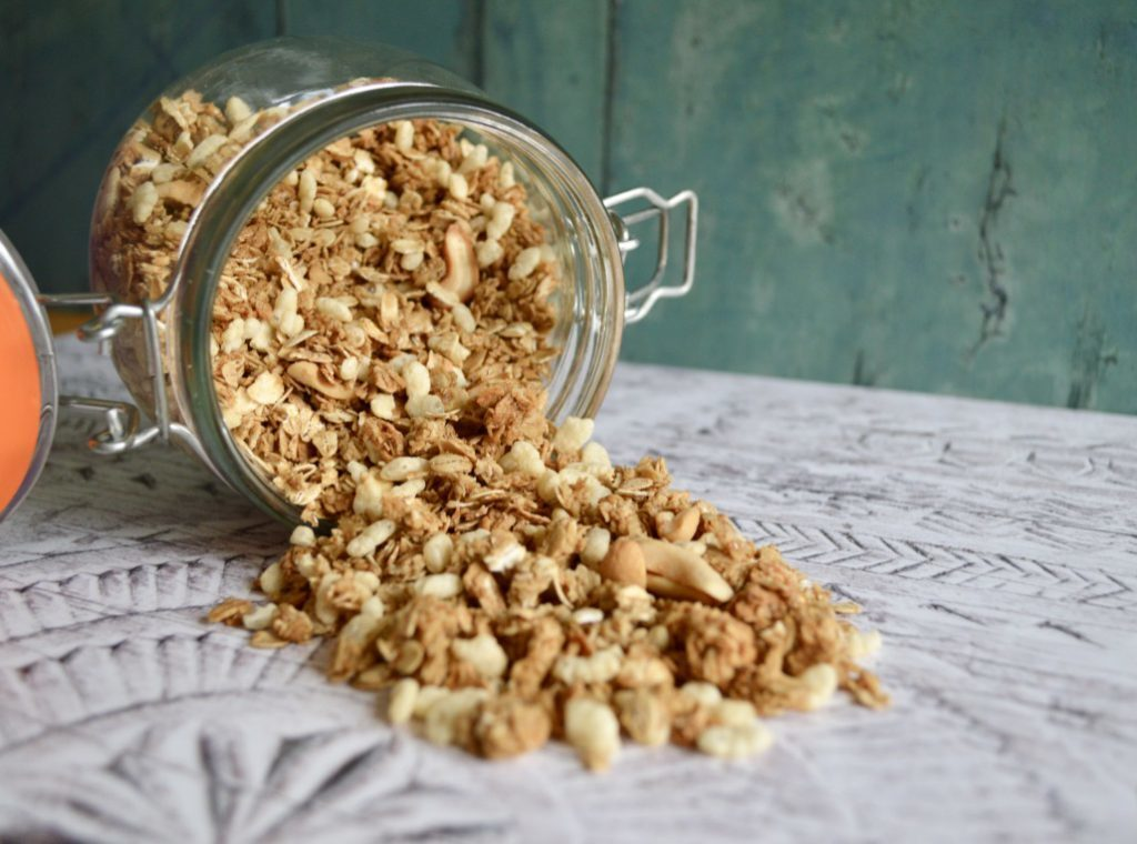 Gluten and Dairy Free Roasted Cashew Nut & Honey Puffed Granola