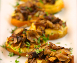 Polenta Crostini Bites with Caramelized Mushroom Cicchetti – Venetian Tapas #SundaySupper