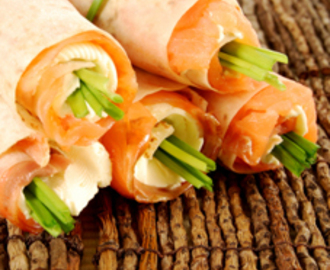 Smoked Salmon & Cream Cheese Pinwheels with Mixed Greens Salad
