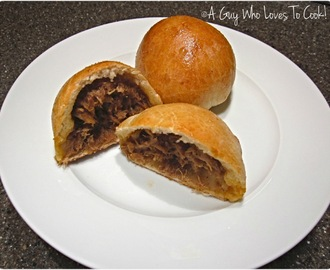 Pulled Pork Stuffed Buns