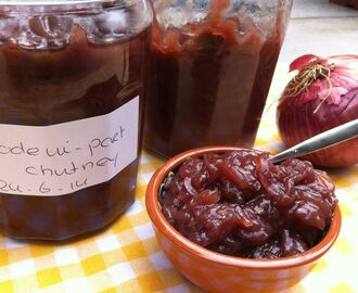 Rode uienchutney met rode port