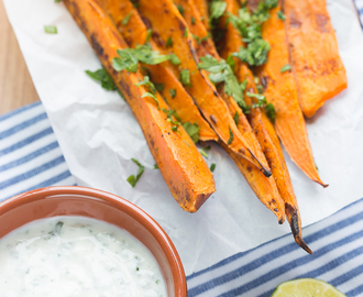 Sweet Potatoes with Garlic and Herb Dip