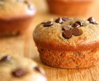 . flourless chocolate chip almond butter muffins .