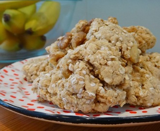 Healthy Banana Walnut Oatmeal Cookies
